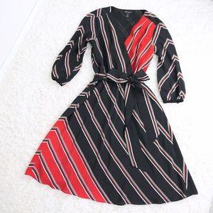white house black market ∙ 100% silk striped dress